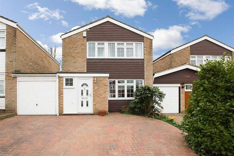 3 Bedrooms House for sale in Hamilton Crescent, Warley, Brentwood