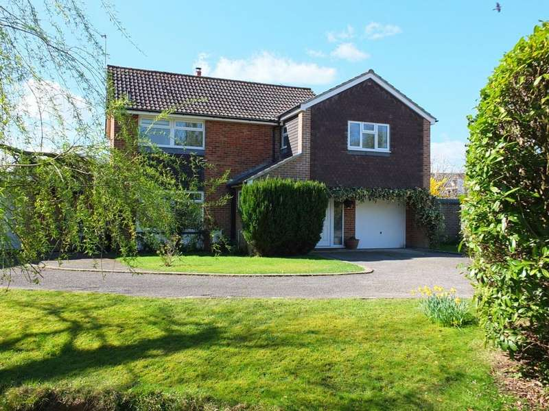 4 Bedrooms House for sale in Hickmans Lane, Lindfield, RH16