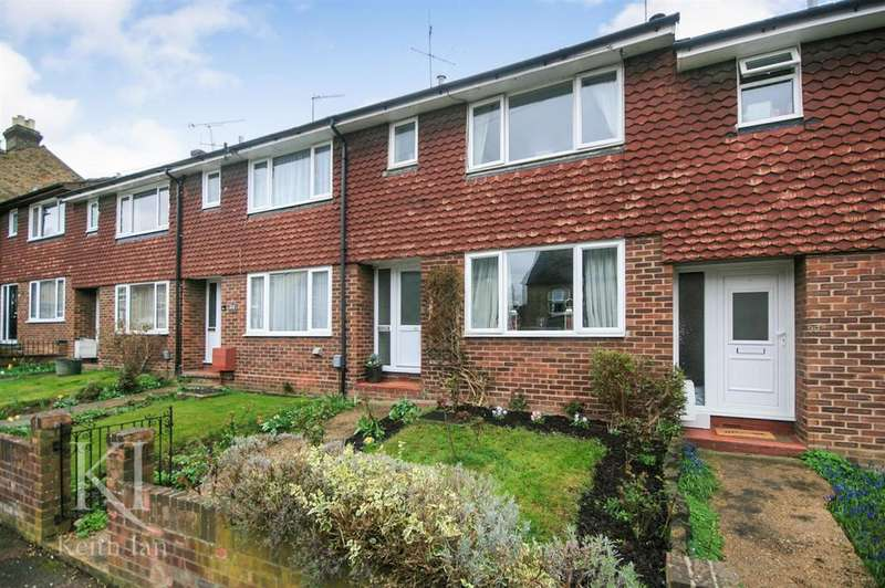 3 Bedrooms Terraced House for sale in Garland Road, Ware