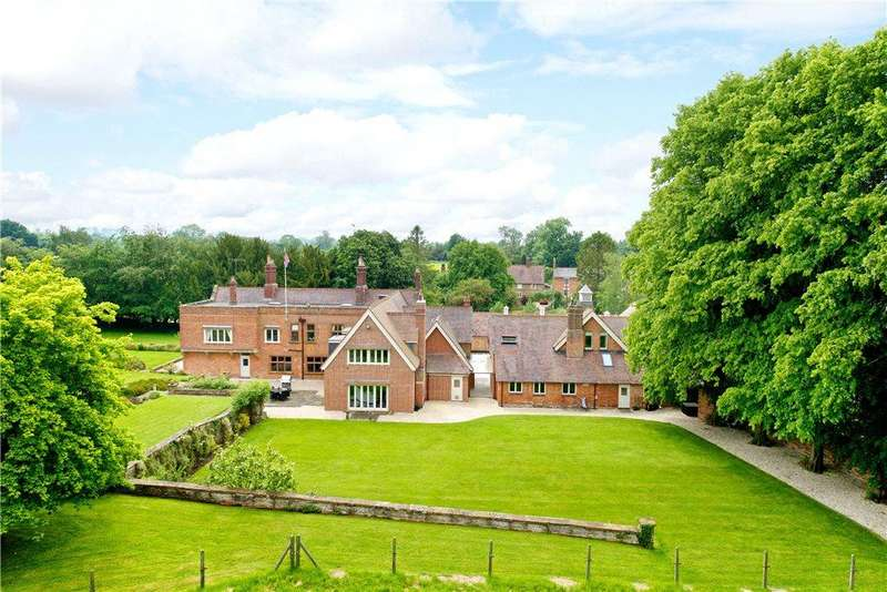 7 Bedrooms Unique Property for sale in High Street, Yelvertoft, Northampton, Northamptonshire