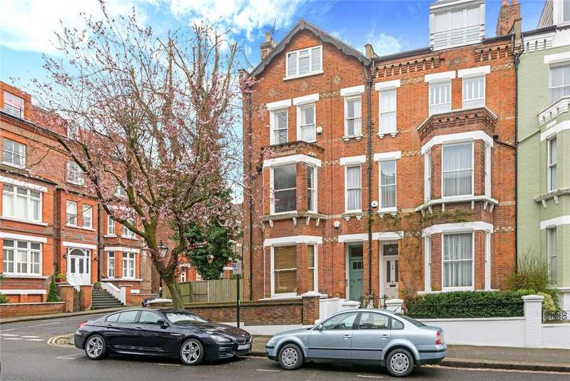 1 Bedroom Flat for sale in Willoughby Road, Hampstead Village, London