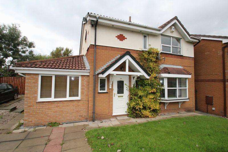 4 Bedrooms Detached House for sale in Elmsfield Avenue, Norden, Rochdale, OL11 5XA