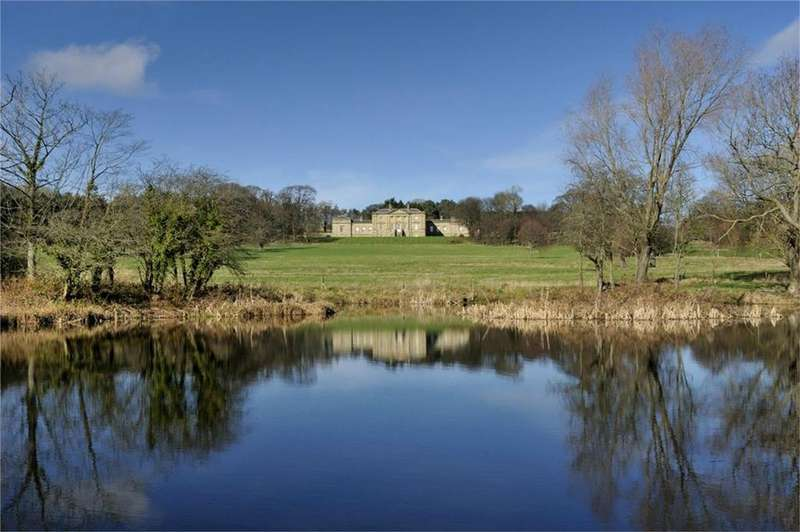 3 Bedrooms Flat for sale in Yew Tree Flat, Belford Hall, BELFORD, Northumberland