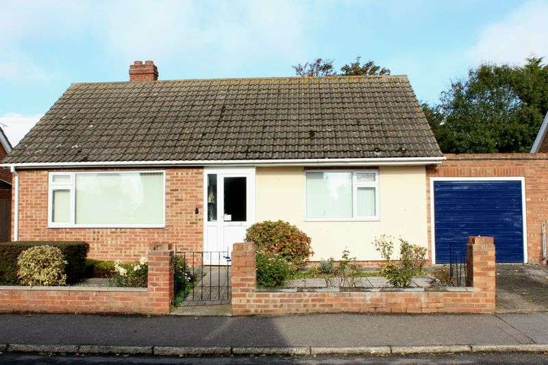 2 Bedrooms Detached Bungalow for sale in Minster