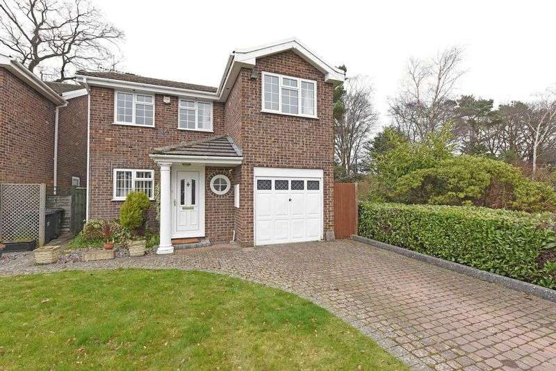 4 Bedrooms Detached House for sale in Viewings available SATURDAY 29th April - Call to BOOK your time!