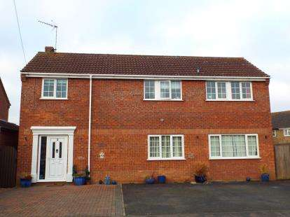 4 Bedrooms Detached House for sale in Watlington, King's Lynn, Norfolk