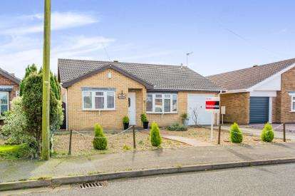 3 Bedrooms Bungalow for sale in St. Valentines Way, Skegness, Lincolnshire, England