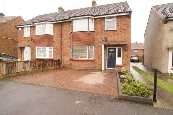3 Bedrooms House for sale in Royal Road, Mangotsfield, Bristol, BS16 9DH