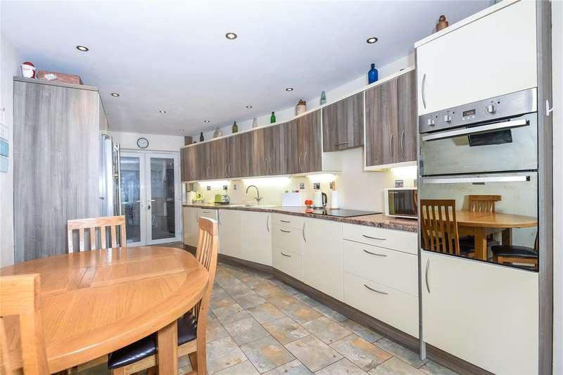 3 Bedrooms House for sale in Skylark Road, Denham, Buckinghamshire, UB9