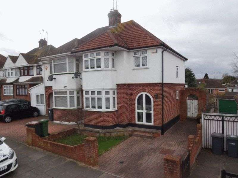 3 Bedrooms Semi Detached House for sale in Granby Road.