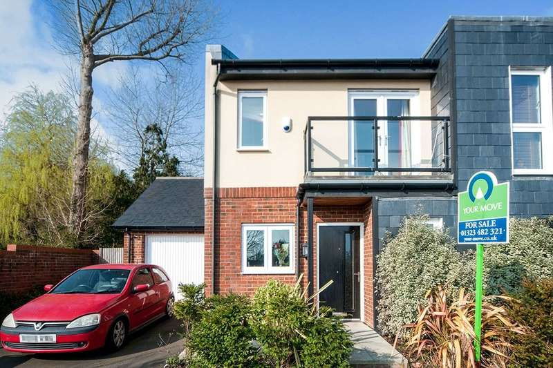 2 Bedrooms Semi Detached House for sale in Bluebell Way, Polegate, BN26
