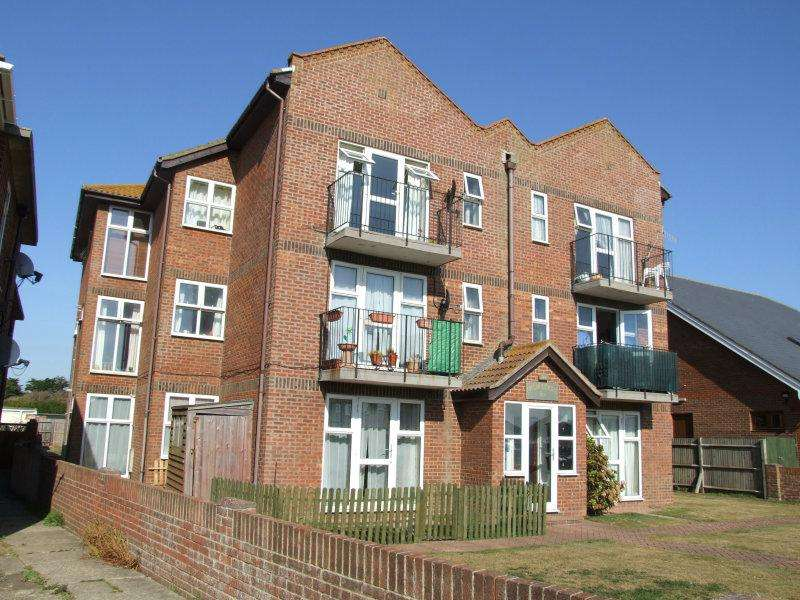 2 Bedrooms Flat for sale in 362 - 364 South Coast Road, Peacehaven BN10