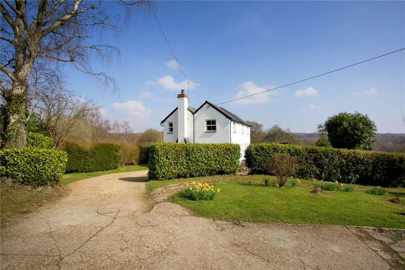 4 Bedrooms Detached House for sale in Dodds Bank, Nutley, East Sussex, TN22