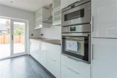 3 Bedrooms Terraced House for rent in Nottingham Road, Nottingham