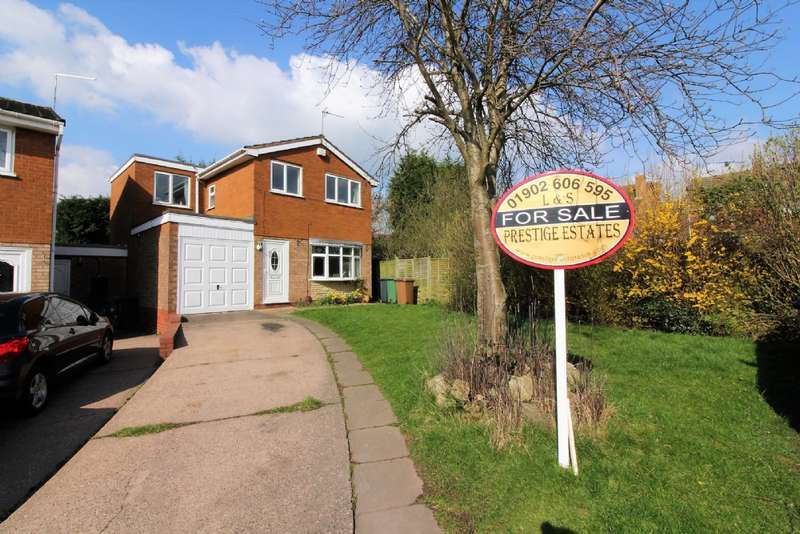 4 Bedrooms Detached House for sale in Silverstone Close, Bentley
