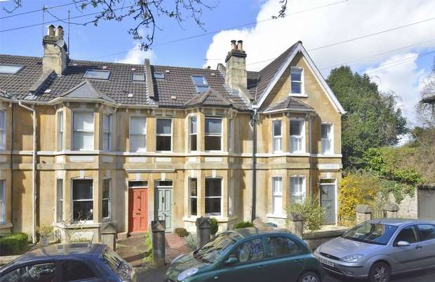 3 Bedrooms Terraced House for sale in 2 Daisy Bank, Lyncombe Vale, Bath