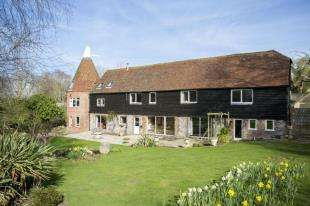 5 Bedrooms Detached House for sale in Whydown Road, Bexhill-On-Sea, East Sussex
