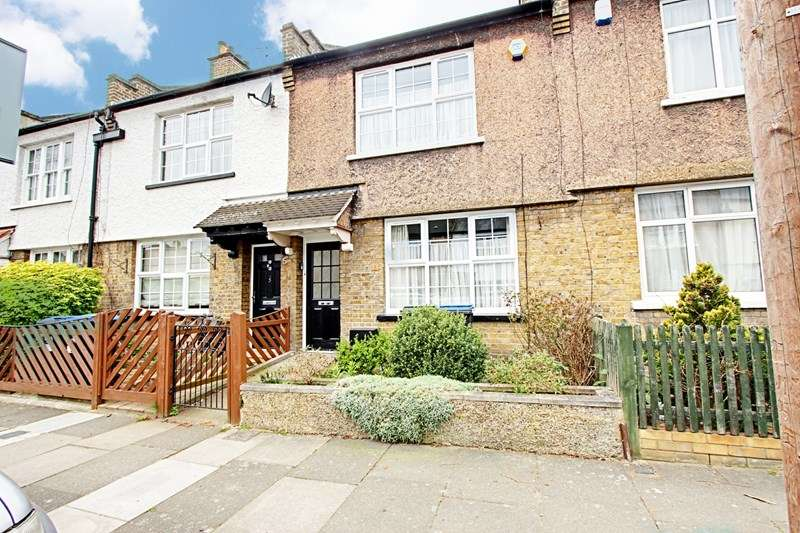3 Bedrooms Property for sale in Mafeking Road, Enfield