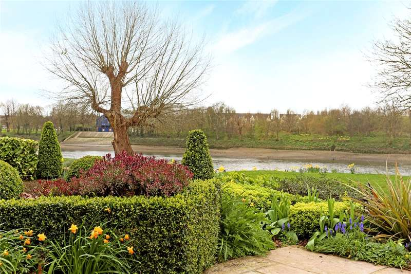 4 Bedrooms Terraced House for sale in Chiswick Quay, London, W4