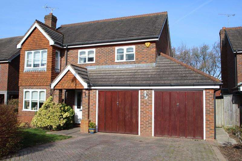 4 Bedrooms Detached House for sale in Nursery Close, Hurstpierpoint, Hassocks