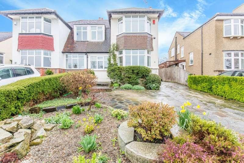 3 Bedrooms Semi Detached House for sale in Overhill Way, Beckenham