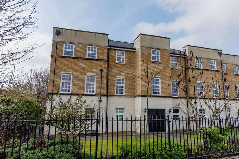2 Bedrooms Flat for sale in Leeman Road, York
