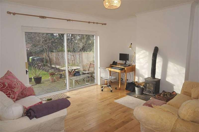 4 Bedrooms Detached House for sale in Southernhay Road, Stoneygate, Leicester