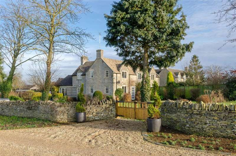 3 Bedrooms Semi Detached House for sale in Dean Farm Cottages, Coln St. Aldwyns, Cirencester, Gloucestershire, GL7