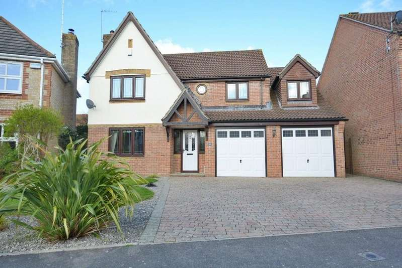 5 Bedrooms Detached House for sale in Albion Way, Verwood