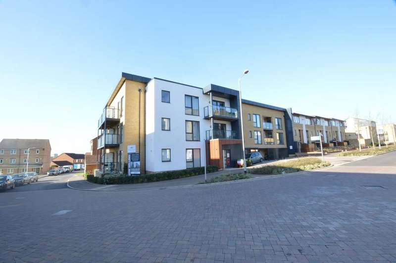 2 Bedrooms Apartment Flat for sale in Violet Court, Larch Place, Harold Wood, Romford, RM3
