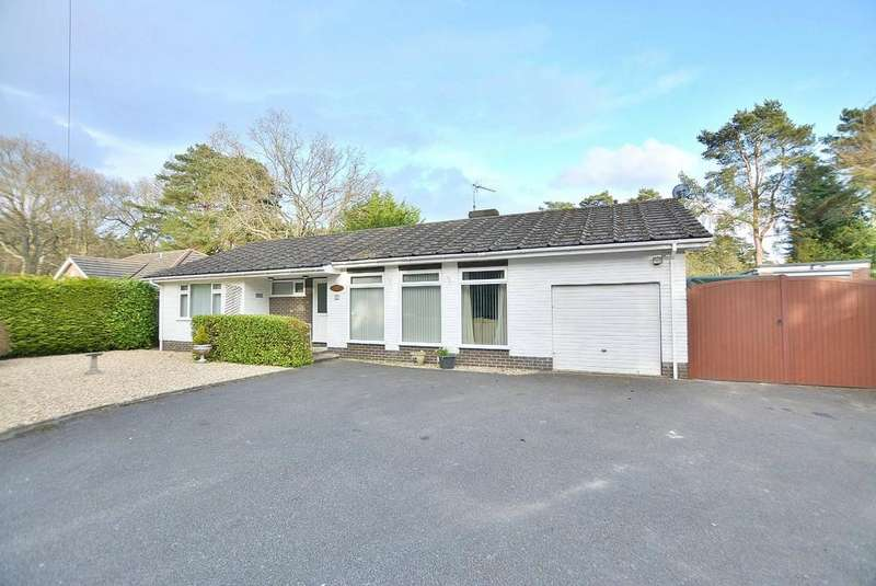 3 Bedrooms Detached Bungalow for sale in Forest Edge Drive, Ashley Heath, RINGWOOD