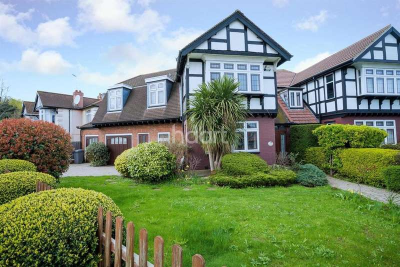 4 Bedrooms Semi Detached House for sale in East Lane, Wembley