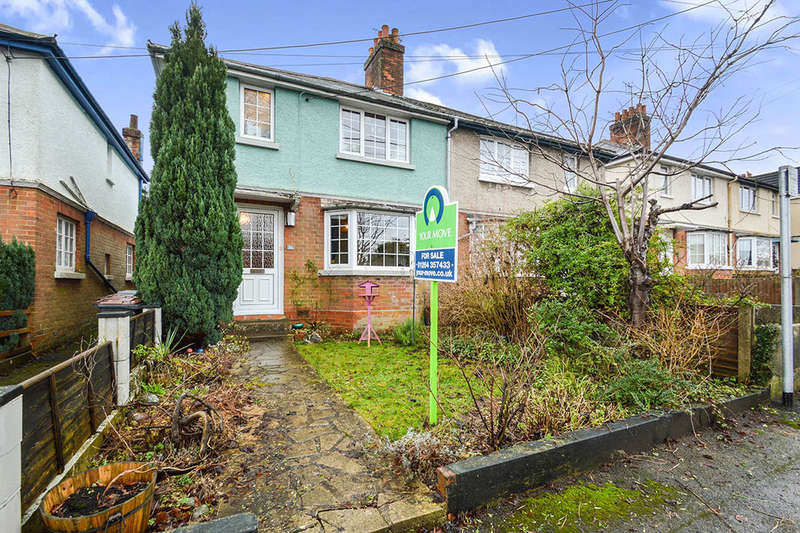 3 Bedrooms Semi Detached House for sale in South End Road, Andover, SP10