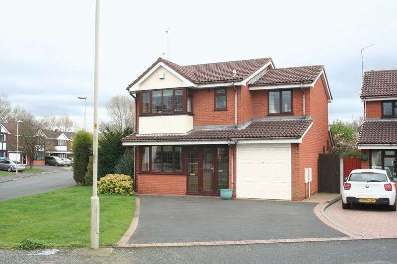 4 Bedrooms Detached House for sale in PENSNETT, Stonefield Drive,