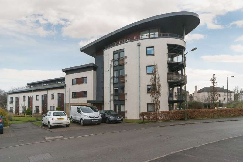 2 Bedrooms Flat for sale in East Pilton Farm Wynd, Fettes, Edinburgh, EH5 2GJ