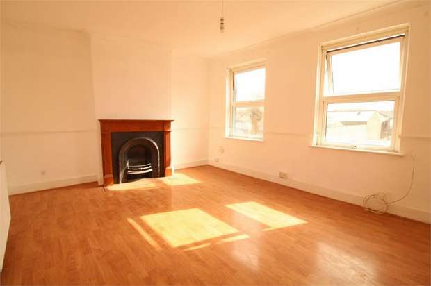 2 Bedrooms Flat for sale in Canterbury Road, West Croydon, Surrey
