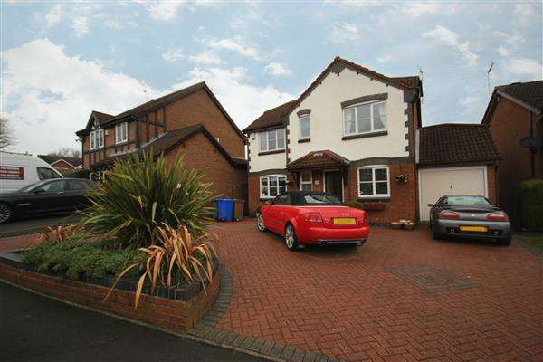 4 Bedrooms Detached House for sale in Falcon Road, Meir Park, Stoke-on-Trent