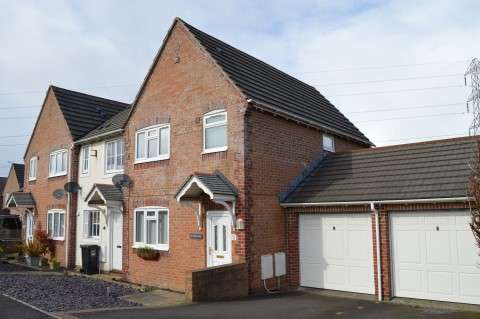 3 Bedrooms End Of Terrace House for sale in Maltlands, Locking Castle, Weston-Super-Mare