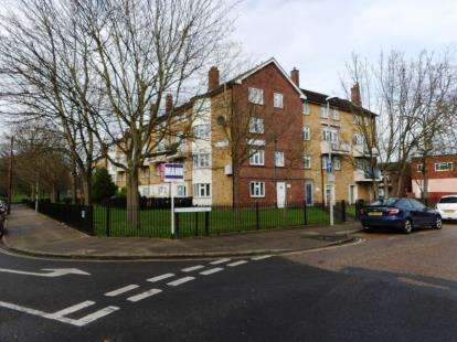 3 Bedrooms Maisonette Flat for sale in Winstanley Road, Portsmouth, Hampshire