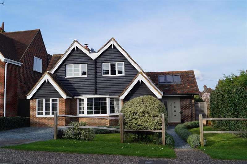 4 Bedrooms Detached House for sale in Maxwell Road, Arundel