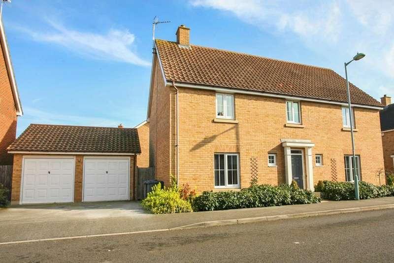 4 Bedrooms Detached House for sale in Mayhew Road, Rendlesham, Woodbridge