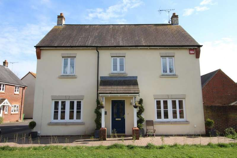 4 Bedrooms Detached House for sale in GERANIUM GARDENS, DENMEAD