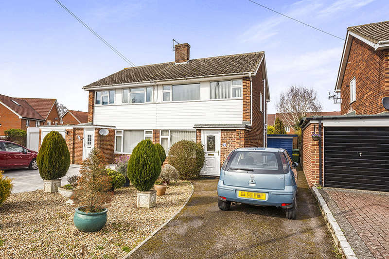 3 Bedrooms Semi Detached House for sale in Mayfair Avenue, Maidstone, ME15