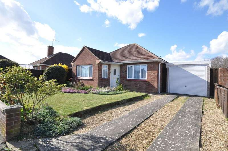 2 Bedrooms Detached Bungalow for sale in Whitefriars Way, Prettygate, West Colchester