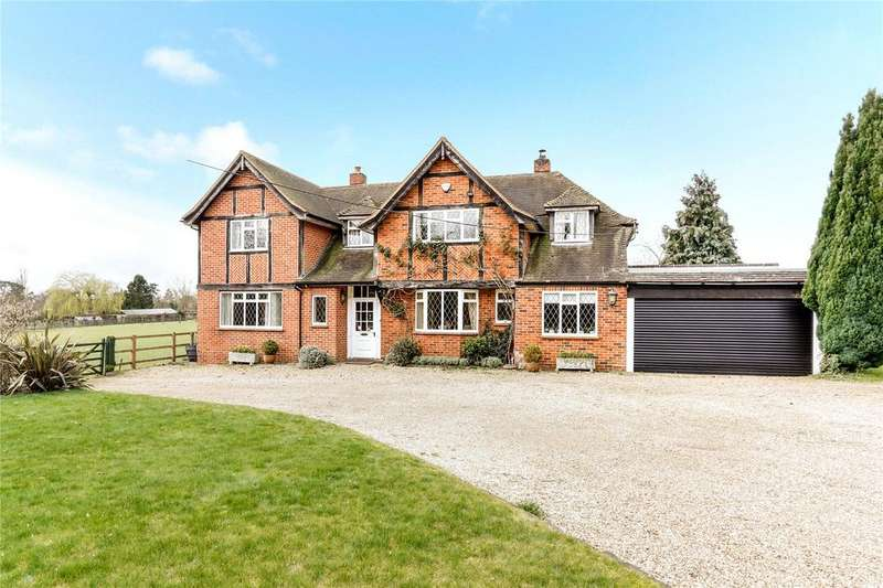 4 Bedrooms Detached House for sale in Grove Road, Burnham, SL1