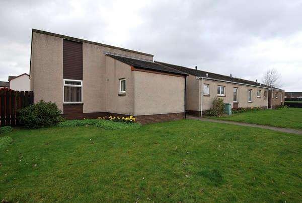 1 Bedroom Bungalow for sale in 13 Fearnoch, Prestwick, KA9 2LH