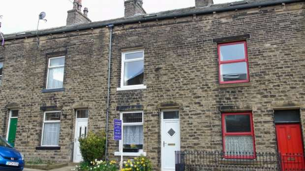 3 Bedrooms Terraced House for sale in Westfield Terrace Mytholmroyd Hebden Bridge