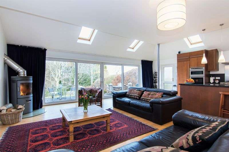 4 Bedrooms Detached House for sale in 6 Laverockdale Crescent, Colinton, Edinburgh, EH13 0EY