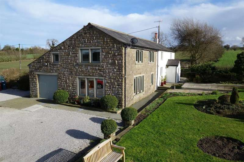 4 Bedrooms Detached House for sale in Station Road, Rimington