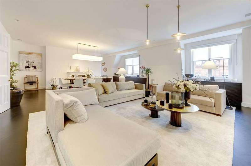 4 Bedrooms Flat for sale in Pont Street, London, SW1X